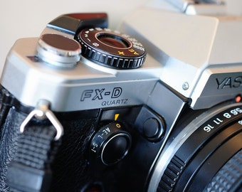 Classic Working Yashica FX-D quartz with 50mm ML f2 lens