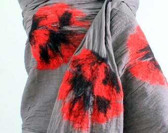 Felted shawl - Poppies in ashes / art / dress / flower