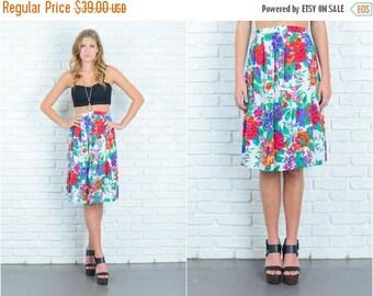 ON SALE Vintage 80s White + Green Floral Leaf Print Skirt Pleated Small Medium Large 6747