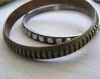 Vintage Boho Bangles, Boho Brass Silver Bangles, Gypsy Bangle Bracelets, Boho 70s Jewelry, Mix Match Bangle Set Boho, Stack Bangles Textured