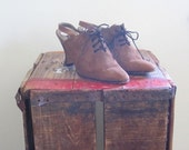 Anne Klein / Oxford Heels / 80s Shoes / Made in Italy / Size 7.5 / Couture / High Fashion