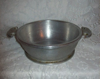 "Vintage Guardian Service Ware 7"" Hammered Aluminum Pot Pan Casserole Dish Only 10 USD"