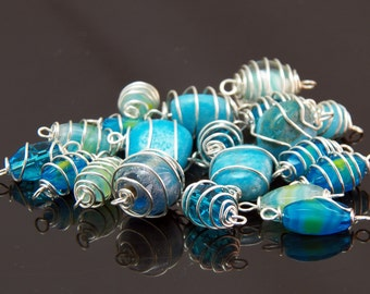 20 Wire Wrapped Glass Beads - Craft Supplies - Jewelry Beading Supplies - Handmade Blue Jewelry Links - Jewelry Supplies - Free Shipping