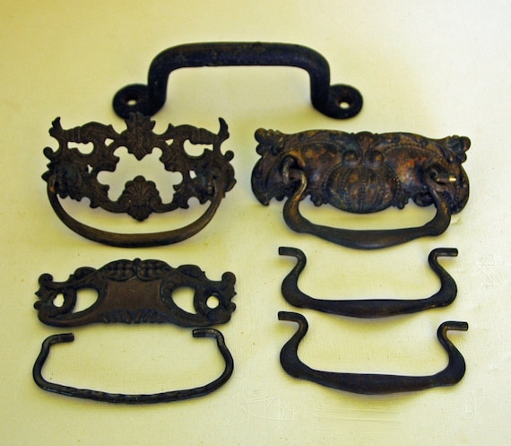 Antique Vintage Lot of 7 Brass ORNATE DRESSER Drawer CABINET or Furniture Pulls or Handles w/ Darkened Patina, Very Good Vintage Condition