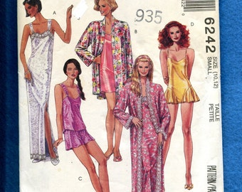 McCalls 6242 Lingerie Nightgowns Robes Camisole with Shorts and Teddy Size 10..12 UNCUT