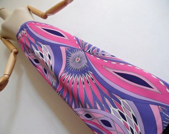 SALE :)))) THE PSYCHEDELIC 60s . Xs S . Incredible Op Art Print Maxi Wrap Dress Pink Purple Violet