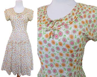 Vintage 40s Dress // Vintage Day Dress // Vintage 50s Dress Small