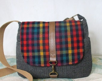 Westwood - Crossbody bag // Messenger bag // Fall purse // Travel bag // Crossover // Preppy // Vintage wool // Plaid // Ready to ship