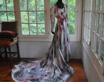 Zombie Corpse Bridal Dress/Vintage 1950s/Cream Silk Wedding Gown/Walking Dead Bloody Halloween Bride/Size Extra Small