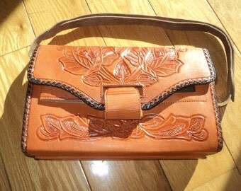 Vintage Embossed Leather Purse, Reversible Two Toned Colored Leather  Purse, A PYMSA Mexico Label envelope style handbag in Very Good Shape