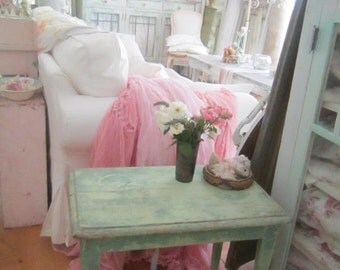 Vintage  Shabby chic table minty green pink prairie cottage