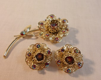 Sarah Coventry Set of Flower Rhinestone and Gold Pin and Earrings