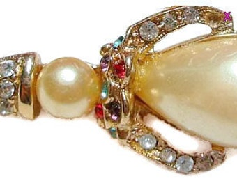 """Art Deco Brooch Pin Jelly Belly White Stone Colored Rhinestones Figural 1 3/4"""" Vintage"""