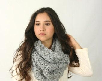 FLASH Sale Cowl Scarf Women's Crochet Snood Scarf / THE KENSINGTON / Silver Heather