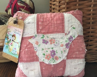 Primitive Happy Birthday present~Olde Quilt Prim Pillow Tuck~ Bowl Filler- pink- vintage quit~ sweet floral bird~ for your birthday