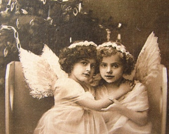 Buon Natale, Victorian children Christmas angles photo image on shabby chic wooden tag.