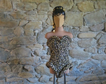 Faux leopard fur basque and gauntlets with purple and yellow sequins 1950s French drag queen stage outfit