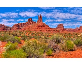 Valley of the Gods, utah, southwest, valley, butte, mesas, rocks, isolated, quiet, peaceful, red, orange, blue, clouds, panorama, desert