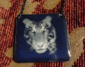Bengal Tiger Trap Camera Necklace