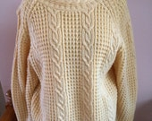 Lindsey Blake 90's Sweater Pastel Pale Yellow Medium Spring Fisherman Style