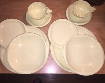 10-Pc. Yellow Boonton Ware Melmac Dishes