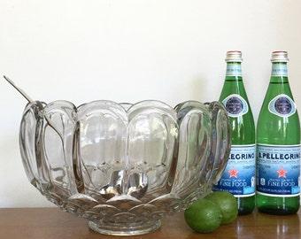 Large Vintage Punch Bowl Clear Glass Barware Bar Serving Holiday Celebrations Party Serving Barware 2 Gallon / 8 Quarts