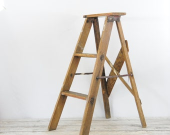 Vintage 3 Foot Wood Ladder Step Ladder Perfect Step Ladder Shelf #2