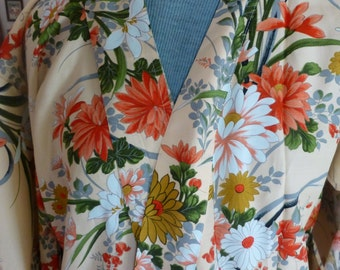 Vintage 1970s floral rayon robe wrapper from Japan - never used