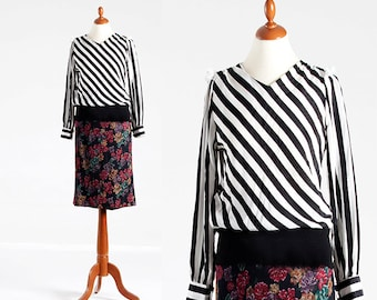 party 80s vintage black and white stripes in diagonal top shirt blouse round neck, black and white vintage blouse striped  shirt stripe