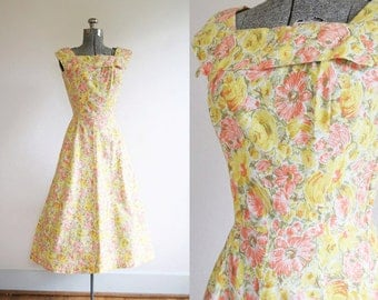 1950's Cotton Floral Print Sundress Size Small
