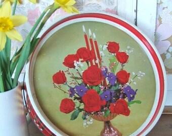 Pretty Vintage Floral Tin