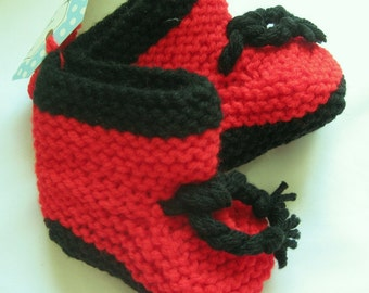 Baby Booties Hand Knit Red/Black Ties