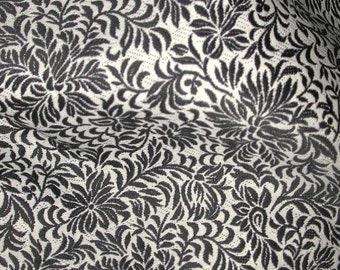 "No. 400 Woven Cotton With Small Scale Print Fabric 35"" x 112"""