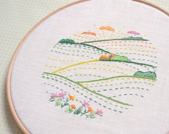 Embroidery hoop art, hand embroidery pattern, modern embroidery, diy hoop art, landscape design by NaiveNeedle