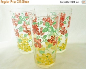 ON SALE Vintage Drinking Glasses, Coral Pink & Yellow Flowers, Aqua Stems and Leaves, Set Of 3,  Shabby Chic, Cottage Chic, Retro, Kitchen,