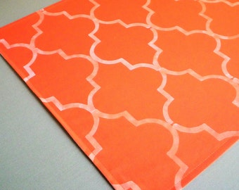 "16"" x 16"" (40cm x 40cm) ORANGE quatrefoil cloth napkin, stenciled fabric dinner napkin, tangerine wedding napkins, reusable, made to order"