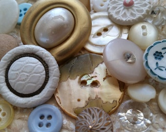 29 Antique and Vintage Wedding Buttons | Lot No.403 | Rhinestone, Pearl, Glass, Shell | Shabby Chic | White, Blue