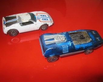Red Line Hot Wheels , Two 1969 Red Line Hot Wheels Cars , Die Cast Cars
