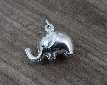Add Solid Sterling Silver Elephant ligthweigth hollow. Sterling silver elephant lightweight. Elephant charm. Silver elephant.