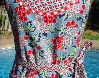 Reversible Apron/Women's Apron/Handmade Patriotic Red, White, Blue Apron/Floral Print, Chambray Blue Background, Mini Wedding Print
