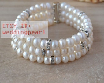 pearl bracelet-3 rows 8 inches ivory pearl bracelet,crystal bracelet,pearl jewelry. freshwater pearl bracelet,bridesmaid bracelet