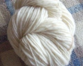 SALE! Hand Spun Falkland Singles Yarn, 3.5 ozs (100 gms), Heavy Worsted/Aran Wt., natural white un-dyed, free postage!