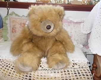 Chrisha Playful Plush 1988,Vintage Teddy Bear,Bear,Vintage Stuffed Toys, Vintage Toys,