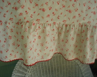 Vintage Ralph Lauren Pillowslips, Pair of Pillowslips, Ruffled Pillowslips, Tiny Red and Pink Floral Print with Embroidered Edge