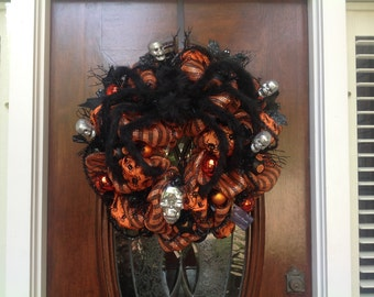 Scary Black Spider and Skull Wreath