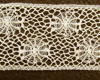 """Antique Very Very Fine Cotton Wide 1-3/4"""" Double Spider Web Pattern Off White Clean Bobbin Lace"""