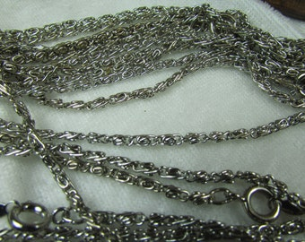 "Vintage rhodium plated finished chain 17 1/2 "" inches"