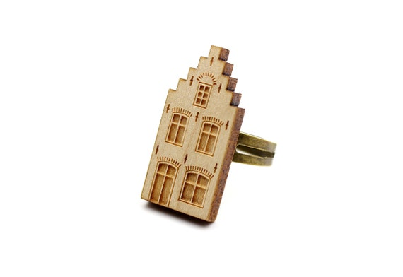 Dutsch house ring - Amsterdam - Delft - Netehrlands - architecture ring - lasercut maple wood - graphic jewelry - architect jewellery