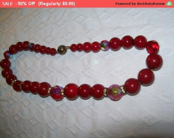 SALE Vintage red bead necklace