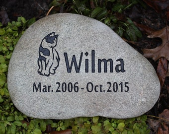 Custom Pet Memorial with Graphic, Name, Months and Year